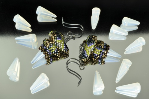 CzechGlass_SpikeBeads_Opal