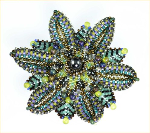 FloralBrooch_BlueDahlia_Cropped