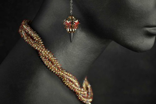 Photography_JewelryOnMannequin_Closeup 2