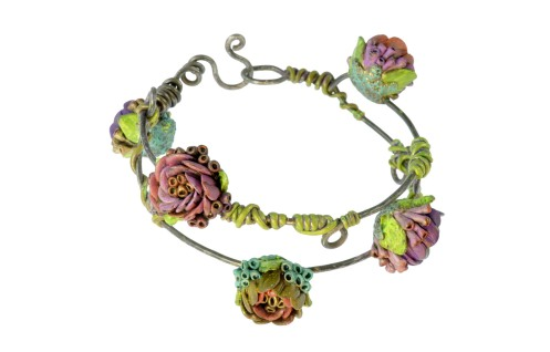 PolymerClay_ClimbingRoses_Bangle_BeautyShot