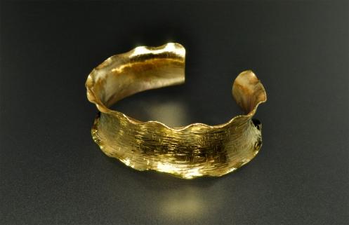 Bracelet_Forged_RuffleCuff_1