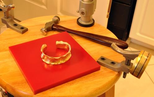 Bracelet_Forged_RuffleCuff_WorkInProgress