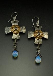 Earrings_CrossOfAlisee