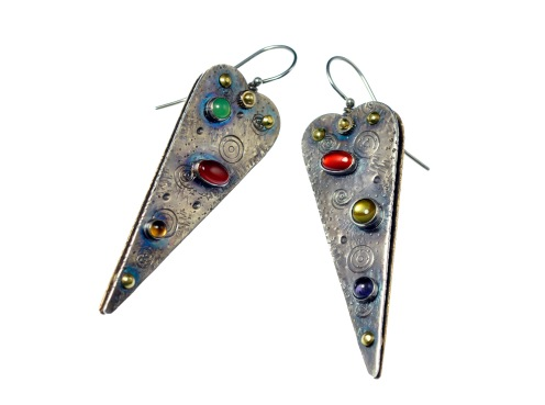 Metal Work - Narrow Heart - Earrings