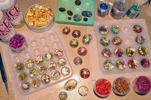 resin-cabochons-in-progress