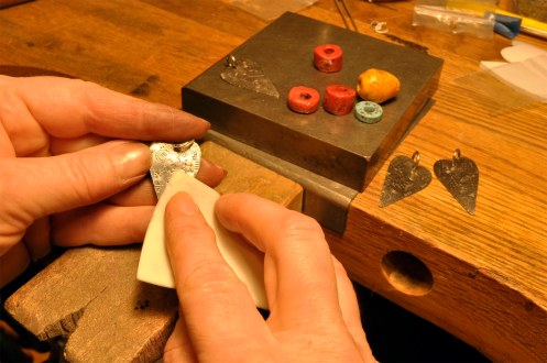 blog-polishing-polymer-beads-and-siver-hearts-2_edited-1