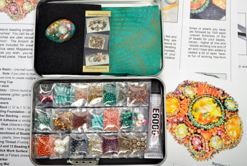 sea-garden-free-form-bead-embroidery-brooch-kit-11-ocean-tones-closeup